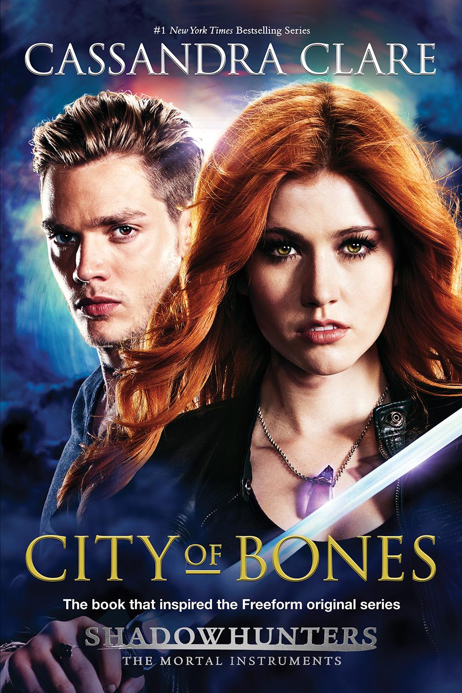 Nova edição de Cidade dos Ossos com capa promocional da série de TV ... 688702e2cae