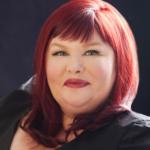 Entrevista de Cassandra Clare para a EW